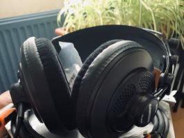 Coiled up MIDI cables and headphones